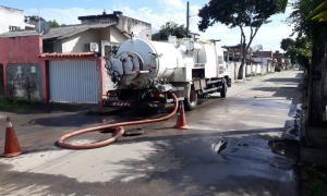 Serviços de limpeza de galerias e bueiros chegam a Parati e Nova Jerusalém em Anchieta