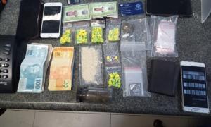 Feriado frustrado para 4 acusados de tráfico presos em Piúma com 139 comprimidos de ecstasy e outras drogas