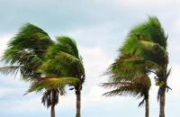 Marinha emite alerta de ondas de 5 metros e ventos de 75 km/h para o Espírito Santo