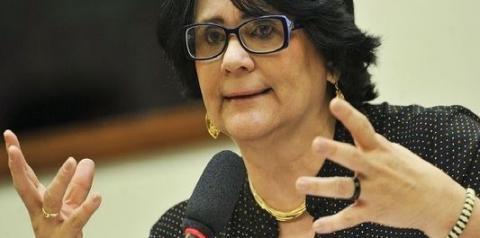 Damares quer apurar vazamento de dados de menina vítima de estupro