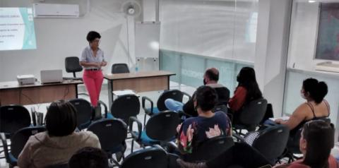 Curso de Designer de Sobrancelhas é realizado pela Secretaria Municipal de Assistência Social, Habitação e Trabalho em Marataízes
