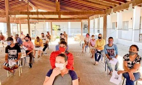Sem fila e mais conforto para receber o auxílio na Caixa da Barra, em Marataízes