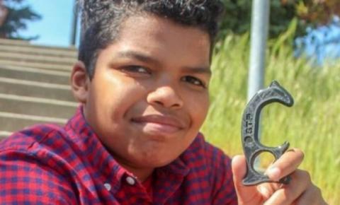 Menino de 12 cria ferramenta que protege contra coronavírus