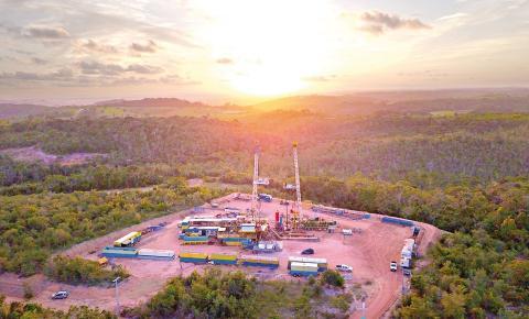 Consórcio bancário garante investimento de R$ 40 milhões no setor de petróleo e gás no ES