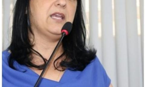 Sindicomerciários denuncia vereadora em projeto que coloca funcionários para trabalhar até as 22h00
