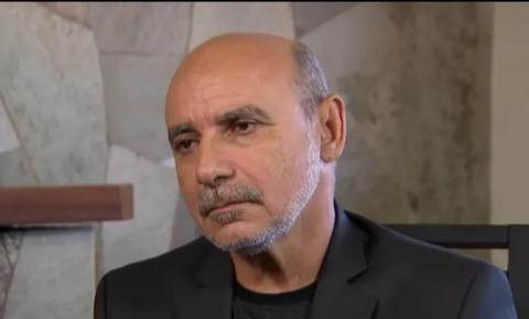 Ministro do STJ manda Queiroz de volta à cadeia