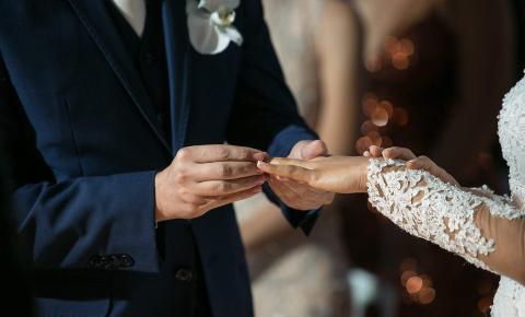 Casamentos e aniversários para até 100 pessoas liberados a partir desta segunda. Conheça as regras!