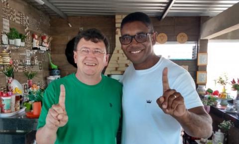 Bill retira nome à reeleição e anuncia apoio a Dr. Antônio em Itapemirim