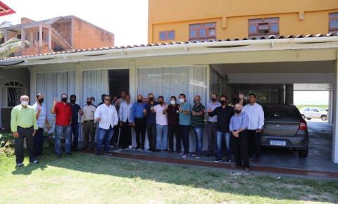 Encontro com pastores sela apoio à Tininho Batista e Jaiminho Machado em Marataízes