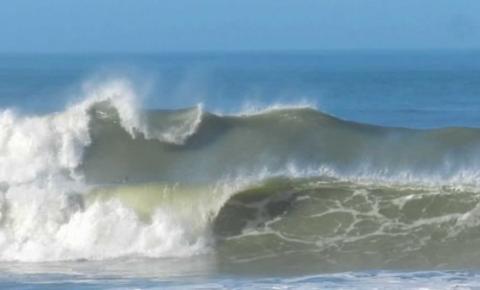 Chuva, ventos fortes e ressaca no mar estão previstos para os próximos dias no Espírito Santo