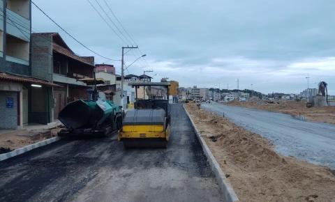 Novo asfalto e ciclovia em mais 700 metros da Praia Central de Marataízes