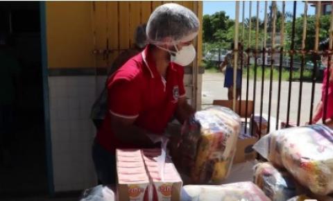 Prefeitura de Marataízes distribui kit merenda para alunos da Rede municipal