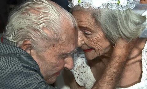 Namorados de 100 e 96 anos se casam em casa de repouso