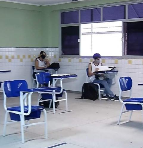 Governo do ES autoriza retorno das aulas presenciais nas escolas das cidades de Risco Moderado